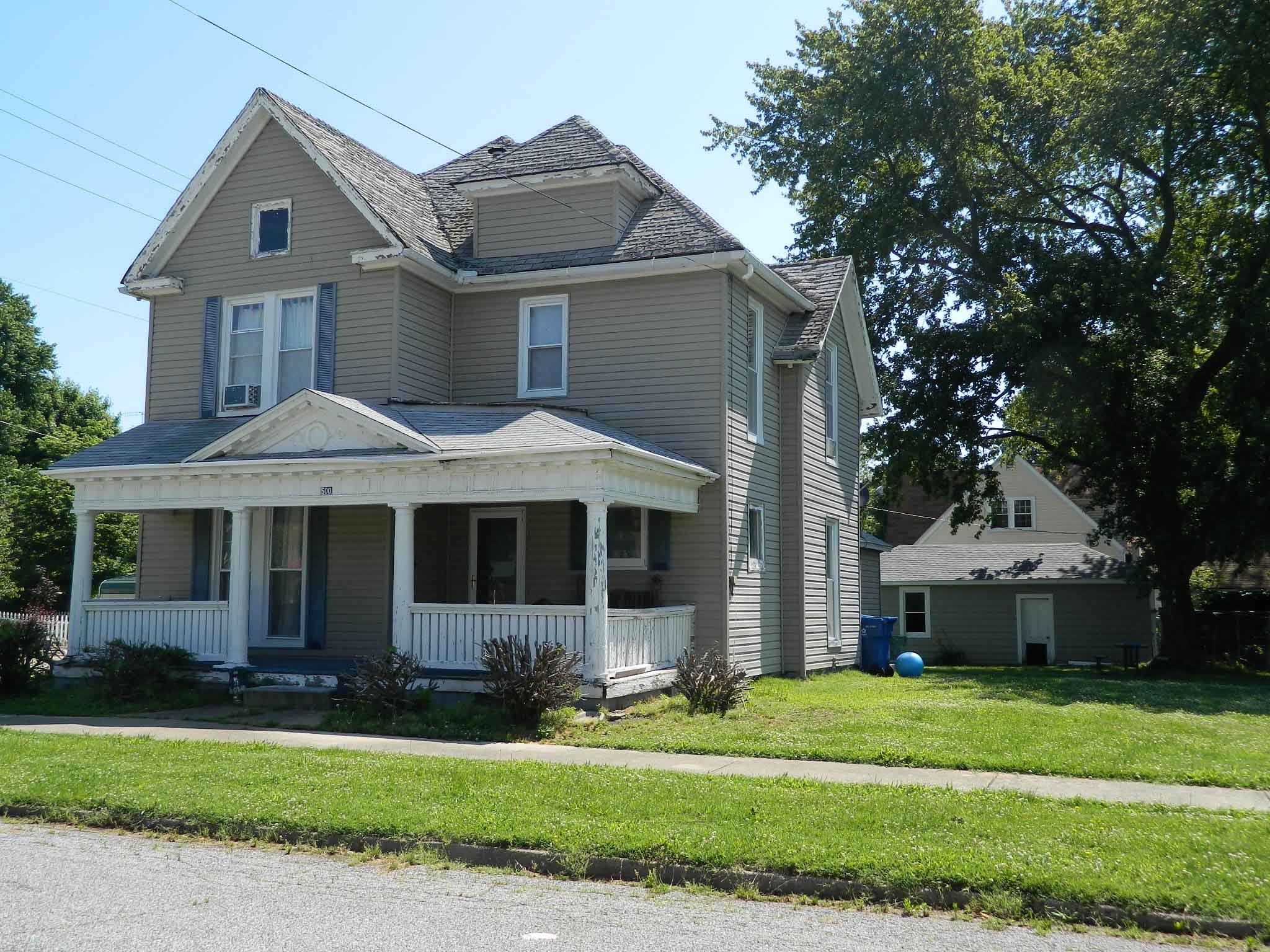 9 photos and inspiration houses for sale in fairfield il for Fairfield house