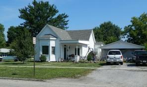 309 W Douglas, Fairfield