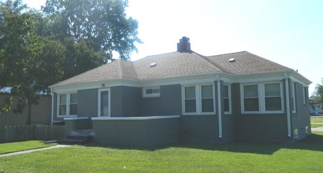 200 W Delaware House