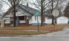 402 W Robinson St, Wayne City